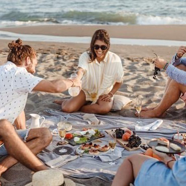 Picnic-at-the-beach
